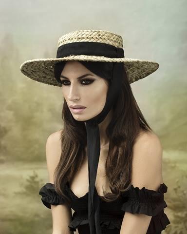 Raquel Prates apresenta o seu novo chapéu Palmas Douradas
