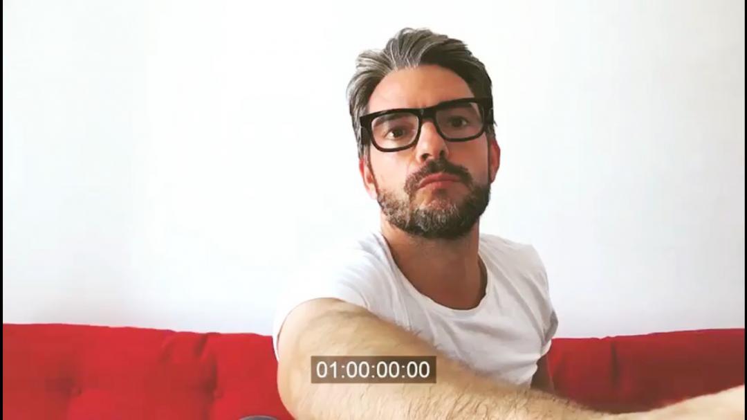Frame de video de Claudio Ramos