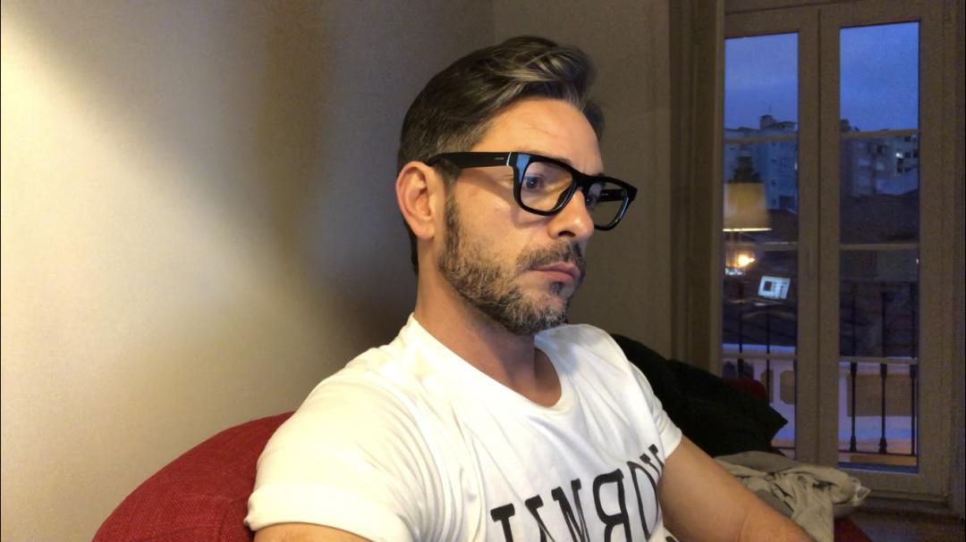 Claudio Ramos ouve as musicas da sua vida
